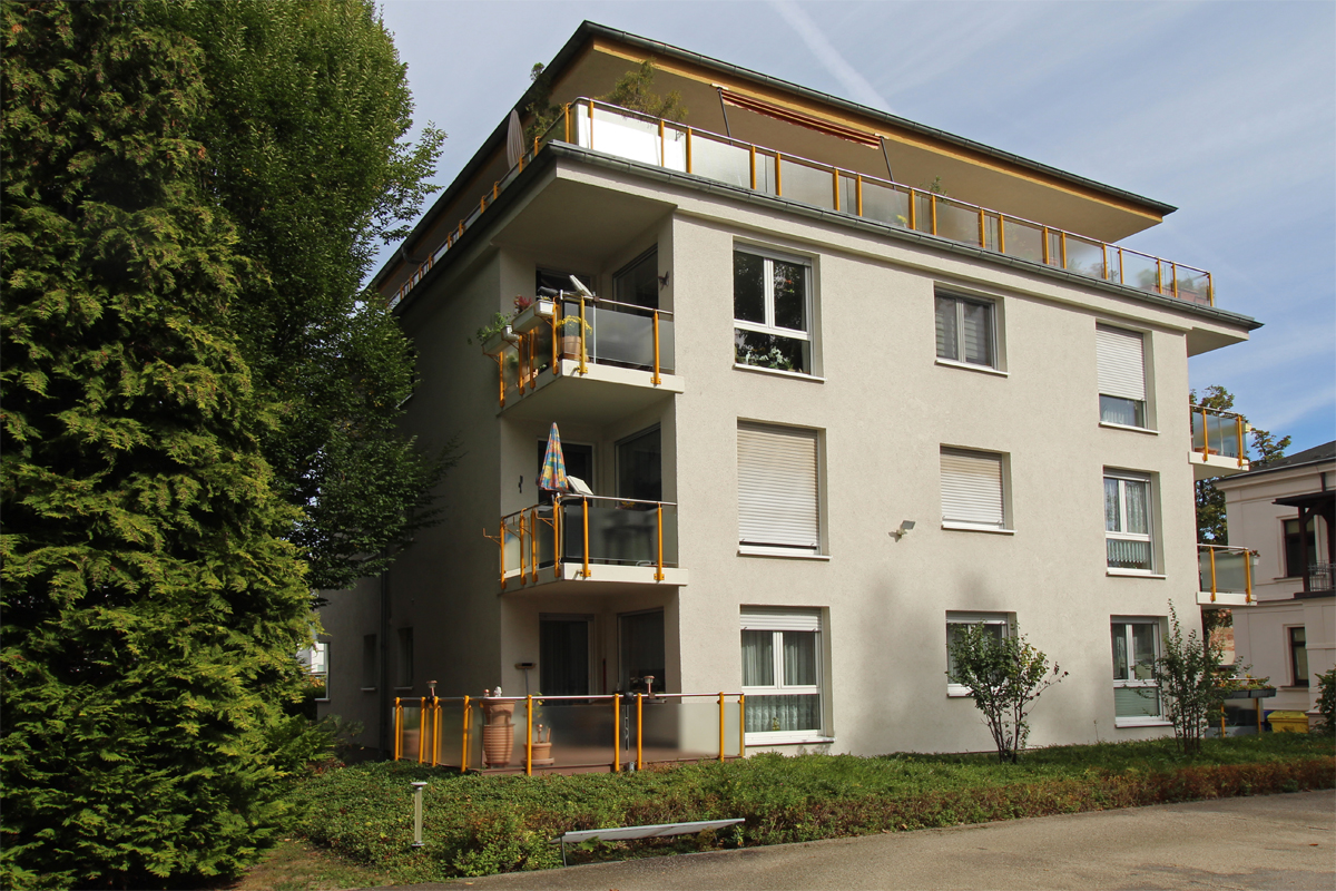 Verkauft! Schöne ETW mit Süd-Balkon... TG... direkt am Stadtpark - ID 116 Image