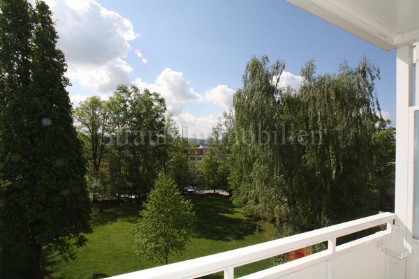 Schöne Lage am Stadtpark...großer Balkon - ID 46 Image