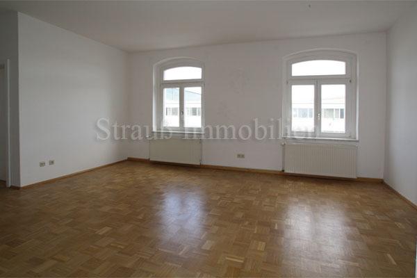 2 Zimmer mit offener Küche und Parkett - ID 110 Image