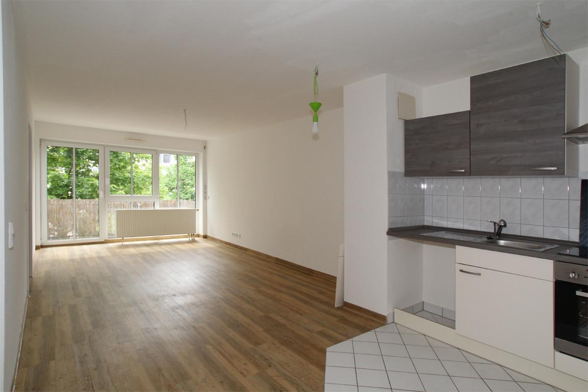 Moderne Single-Wohnung mit EBK, Balkon und TG - ID 127 Image