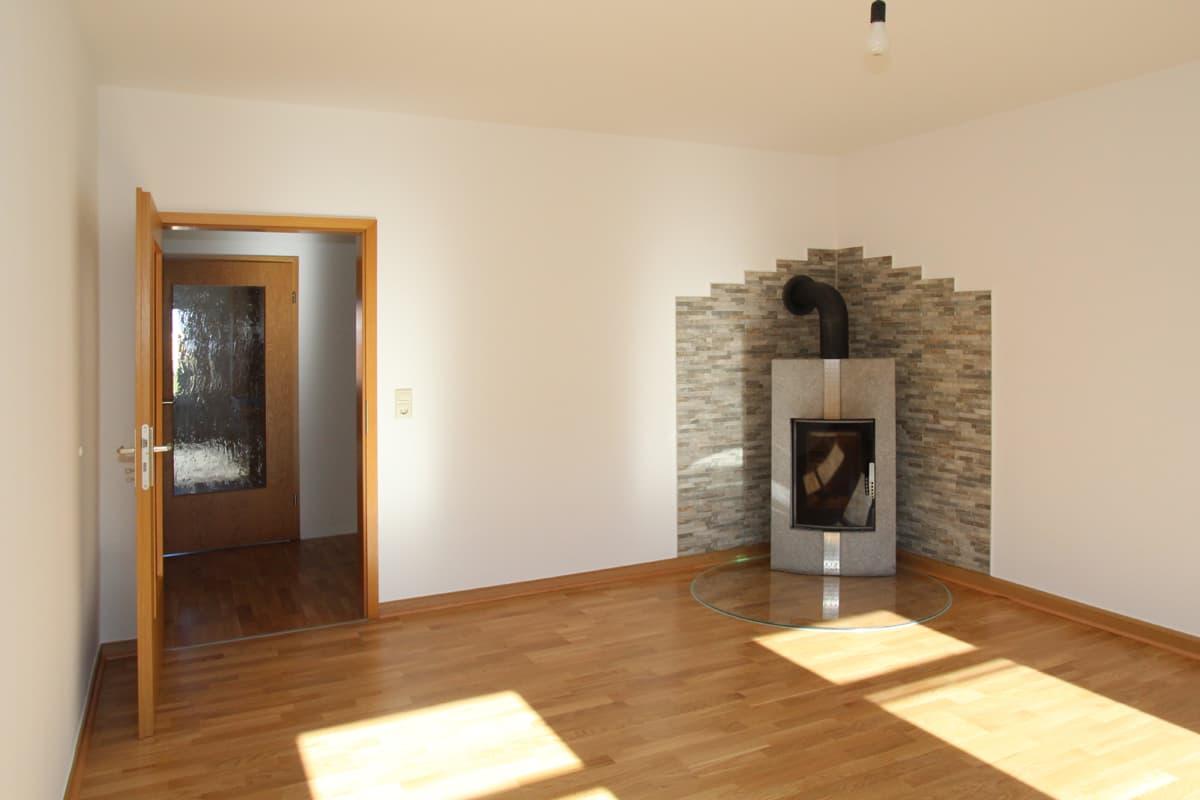 DG-Wohnung mit EBK, Parkett und Kamin! - ID 168 Image