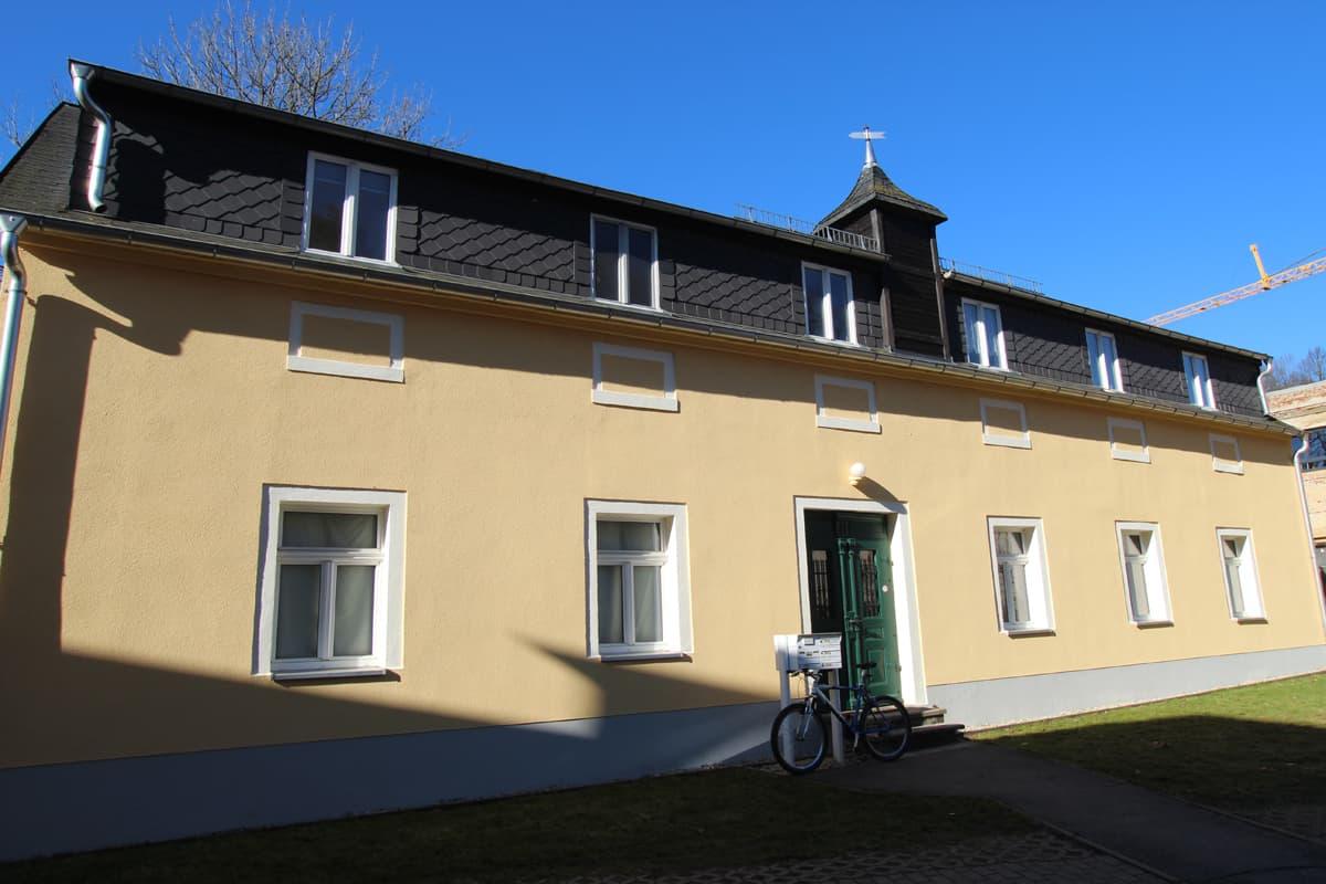 Schöne Single-Wohnung im 1. OG mit EBK - ID 230 Image